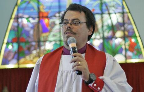 Archbishop Francisco de Assis da Silva urges Brazil's Anglicans to carbon fast this Lent.
