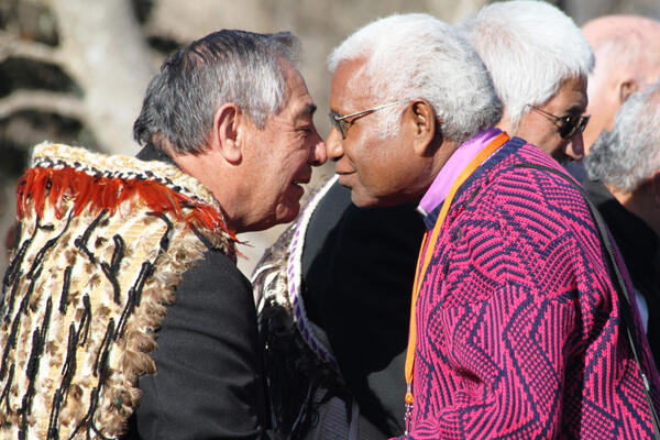 Paora Ropata, a Te Ati Awa elder, exchanges a hongi with Archbishop David Vunagi of Melanesia.