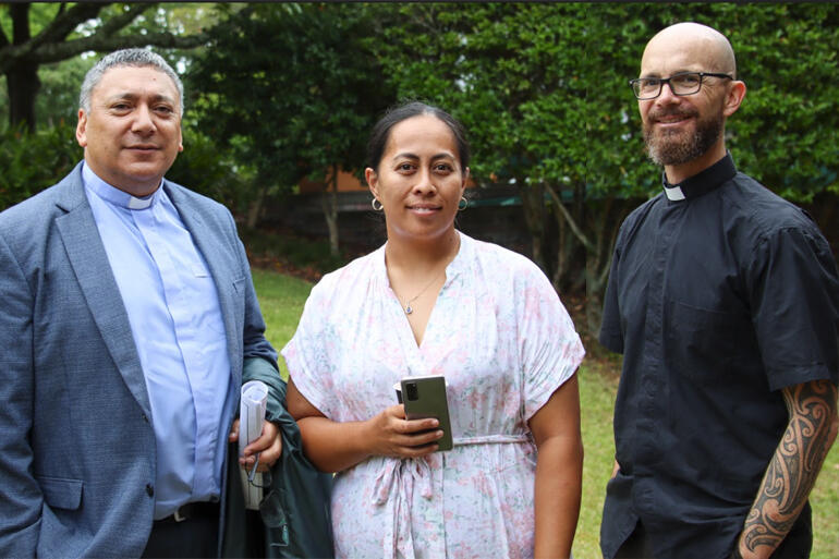 SJC Manukura Rev Katene Eruera talks with second year student, Koroniti McKillop and SJC staff member, Rev Mark Barnard.