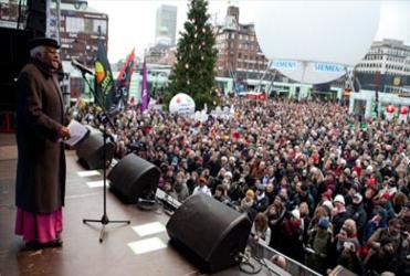 Archbishop Desmond Tutu addresses the crowd in Copenhagen.