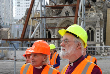 Archbishop Rowan and Bishop Victoria tour the Red Zone of Christchurch.