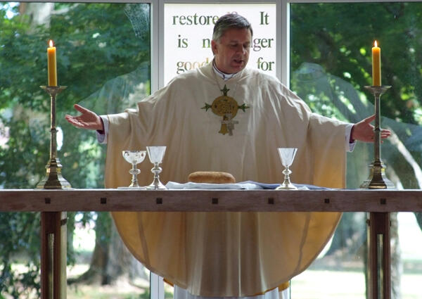 Archbishop David celebrating the Eucharist at St Paul's Collegiate in Waikato.