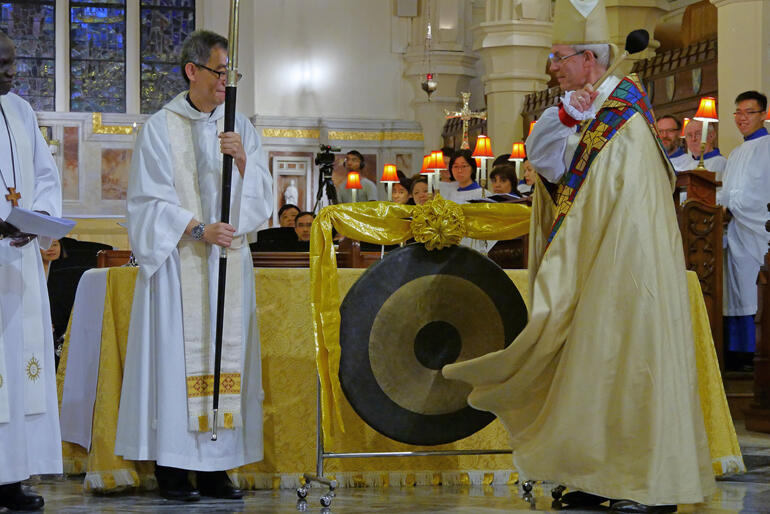 Archbishop of Canterbury Justin Welby ceremonially opens the Anglican Consultative Council with a triple gong tone.