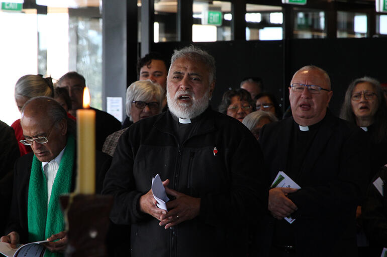 The final Eucharist, held at the Trafalgar Events Centre. That's the Revs Manu Wihapi at left, Ben Cameron centre - and Dr Rangi Nicholson at right.