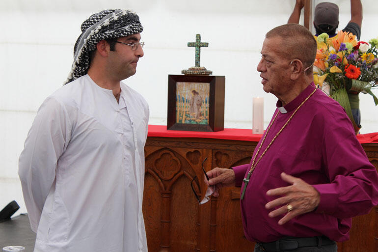 Arabic and Christian perspectives: Sussern Al-umari engages with Bishop John Gray.