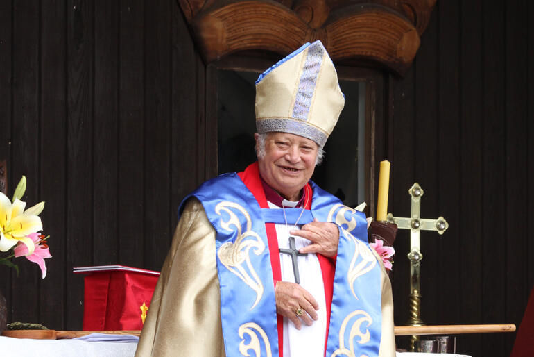 Bishop Richard Wallace.
