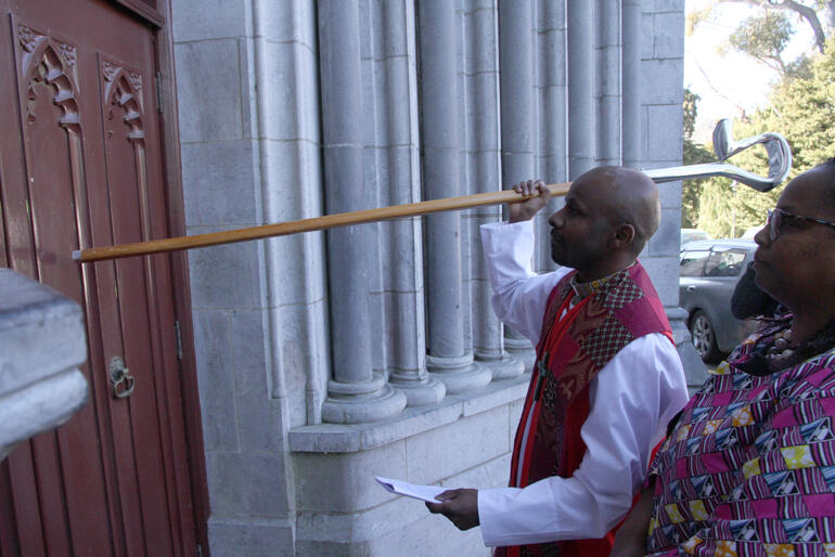 Bishop Steve answers the clarion call and knocks on the Cathedral doors.