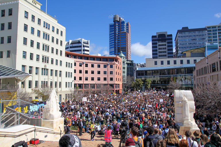 350+ Anglicans joined the Wellington City climate strikes to raise their voices for climate-conscious government policy change. Photo: Duncan Brown