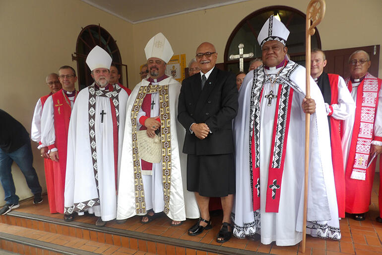 Archbishop Cama, alongside the President of Fiji, The Hon Jioji Konrote, and the two NZ-based Archbishops.