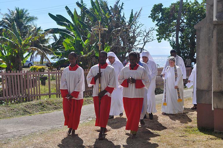 Processing into Holy Redeemer, in Levuka.